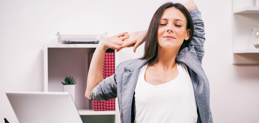 9-Easy-Ways-to-Relieve-Back-Pain-at-Work-3